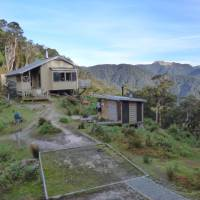 The Lyell Saddle Hut with sweeping views across the ranges | Janet Oldham